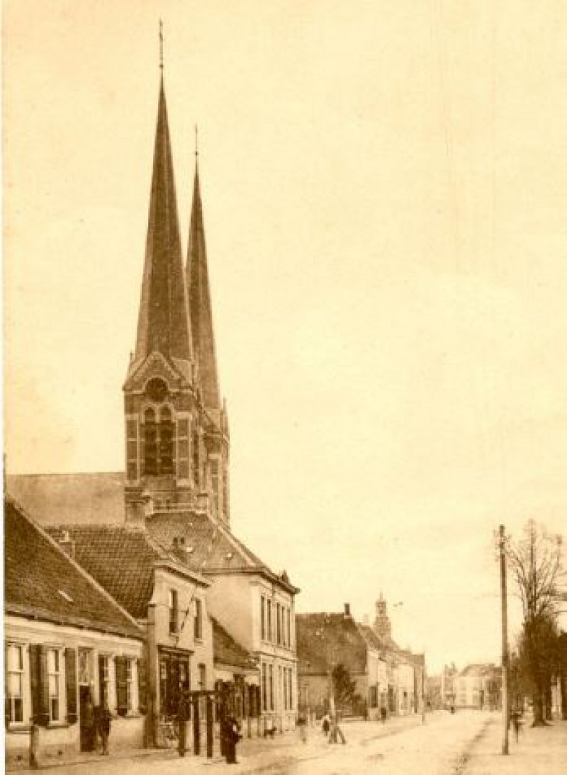 Petruskerk in Leur