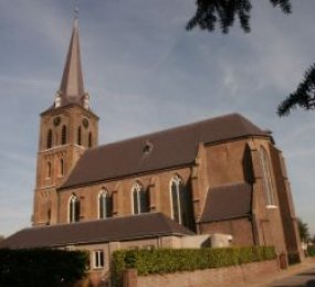 macharen, kerk2.jpg